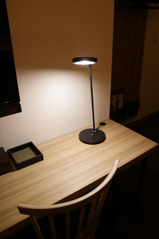 LEDの電気スタンド