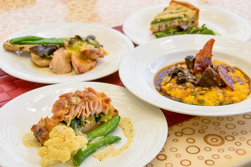 「シェラトン・グランデ・トーキョーベイ・ホテル」のビュッフェ・ダイニング「グランカフェ」では、4月10日~28日の期間、「イースタースプリングフードブッフェ」を提供する