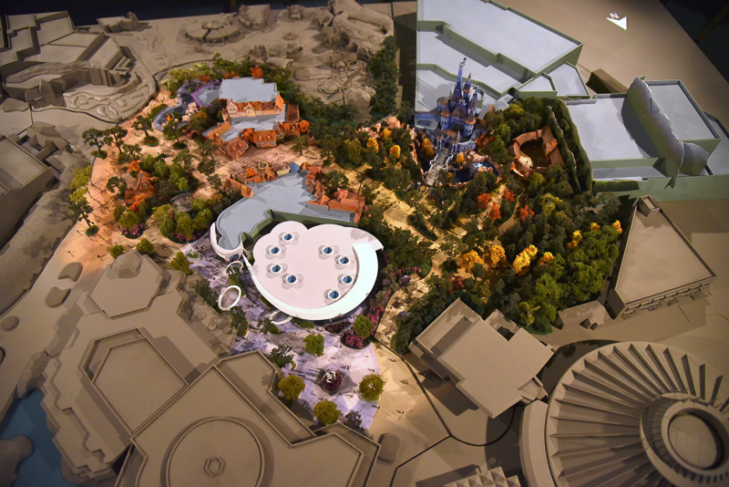 俯瞰して上から見たイメージ。現在のパークと未来のパークのイメージが掴みやすい
