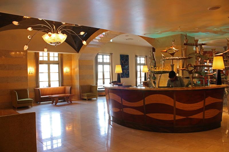 ホテルミラコスタ内の地中海料理レストラン「オチェーアノ」