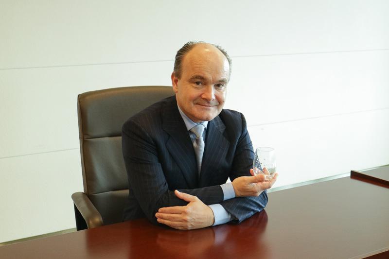 オリヴィエ・プーシエ氏はフランスの高級ケータリング企業「Lenôtre」などでシェフ・ソムリエを務めている