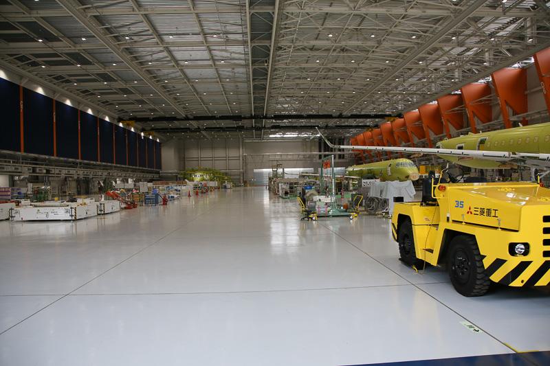 MRJ最終組立工場(写真提供:三菱航空機株式会社)