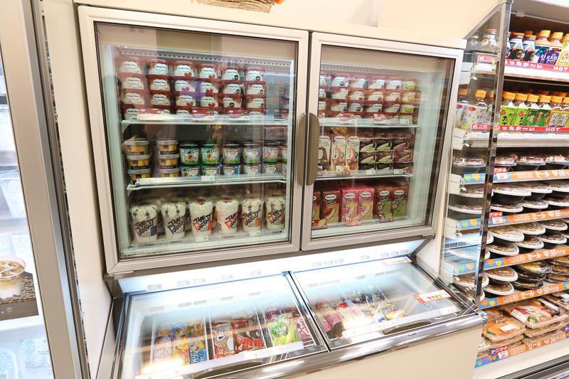 アイス類も本営業店舗に移って取り扱い開始
