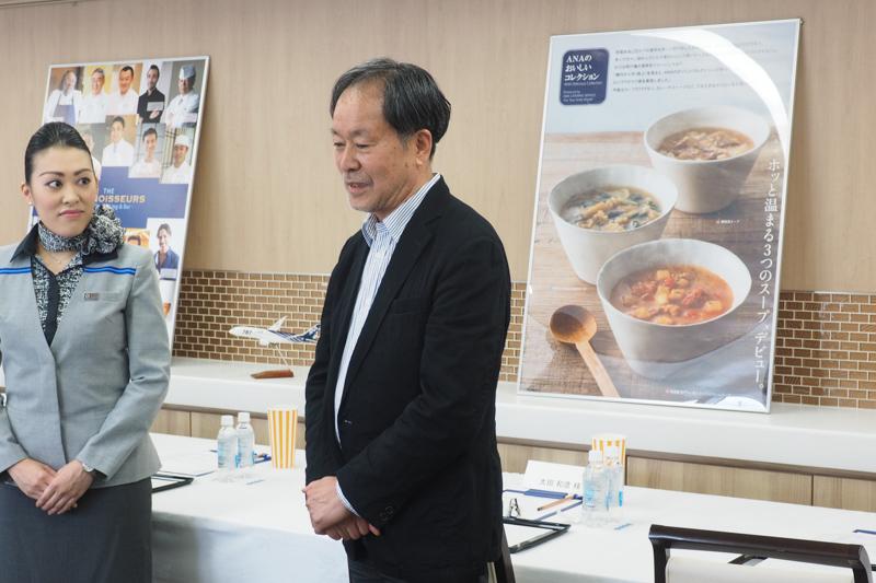 ANAの日本酒アドバイザーである太田和彦氏