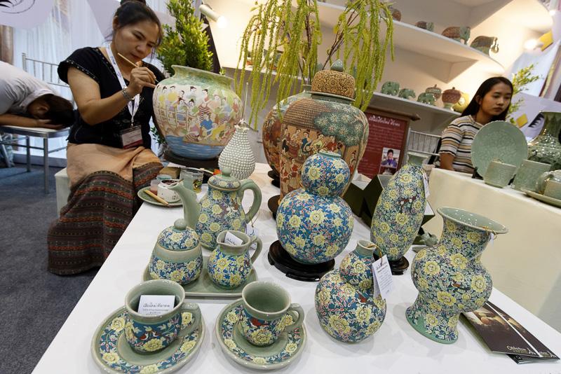 織物、陶器、木工細工などがあり、実際の製作風景も見られた