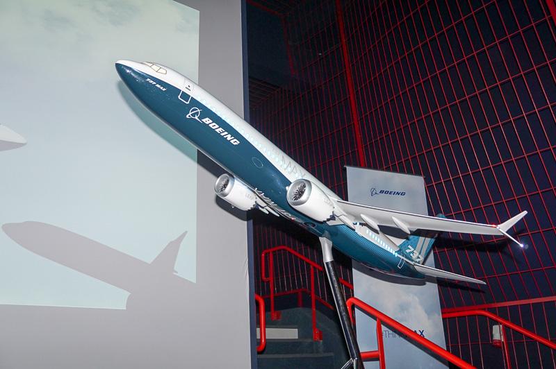 ボーイング 737 MAX 10型機のモデルプレーン