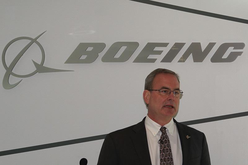 ボーイング 民間航空機部門 製品開発担当副社長 マイク・シネット氏