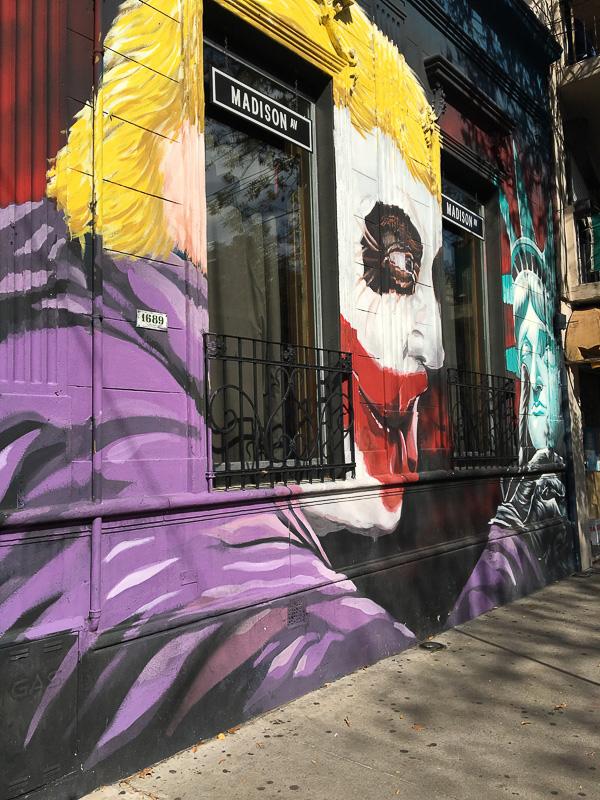 パレルモ地区のおしゃれな壁画アート