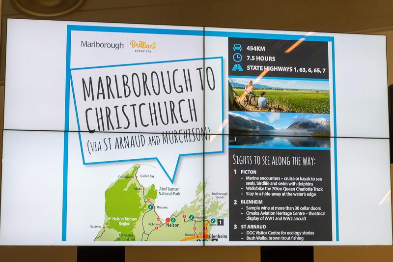大地震でSH1が閉鎖されてしまったため、クライストチャーチ空港と協力して、内陸を通ってマールボロへと行くルートを案内