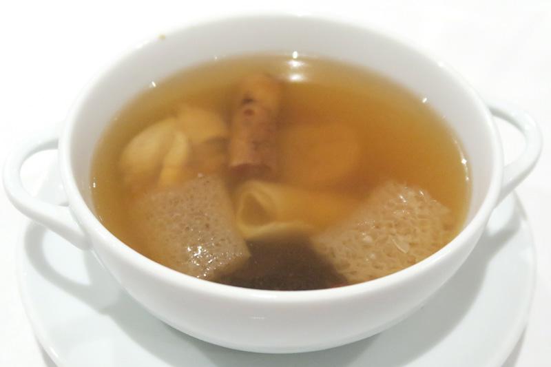 「美味しんぼ」にも出てきた高級スープの佛跳牆(ファッチューチョン)(Monk Jump Over the Wall)
