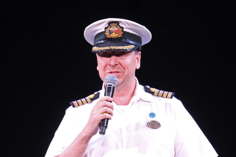 マジェスティック・プリンセス 船長 クレイグ・ストリート氏