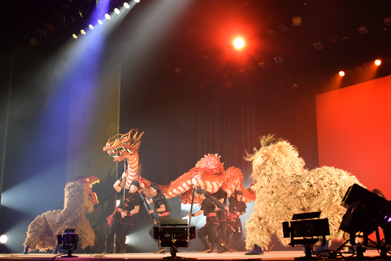 龍と獅子舞による龍子の舞