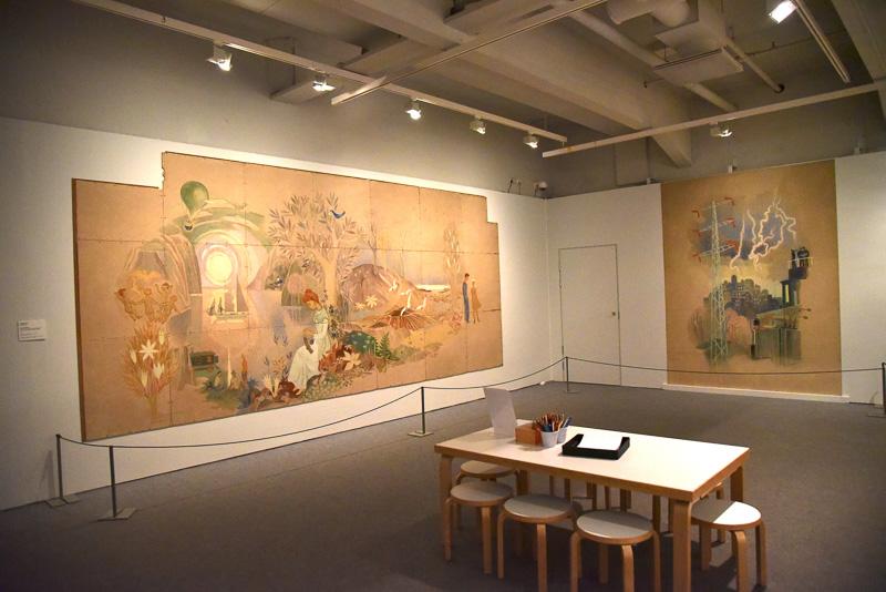 ストロンベリ社のピタヤンマキ工場の食堂の壁画とお絵描き用の机<BR/>(C)Moomin Characters<sup>TM</sup>