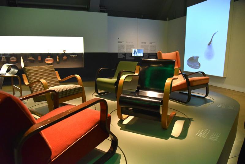 アルヴァ・アアルトのチェアをはじめフィンランドデザインの世界がせまってくる