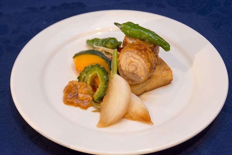 島豆腐ステーキとあぐー豚年輪焼き
