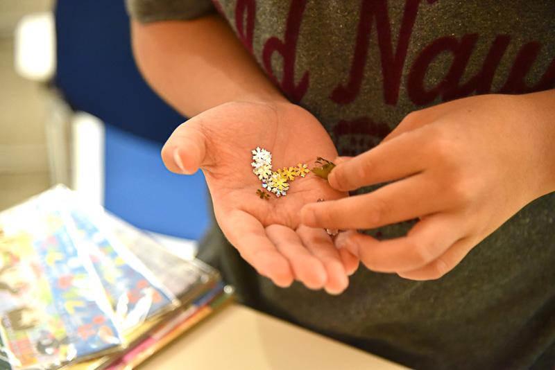 花や雪などの形をした手作りフレークは大人気
