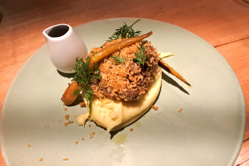「braised beef cheek, pomme pomme, salt baked carrot」