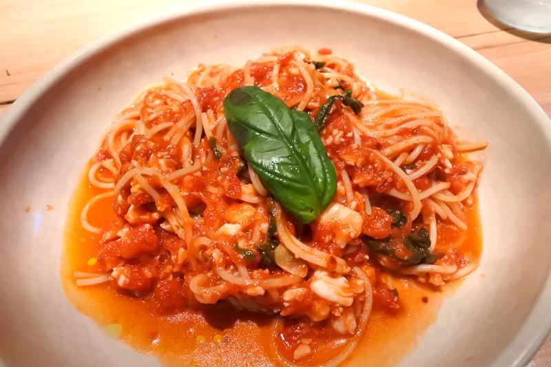 「spanner crab tomato & chilli spaghetti」