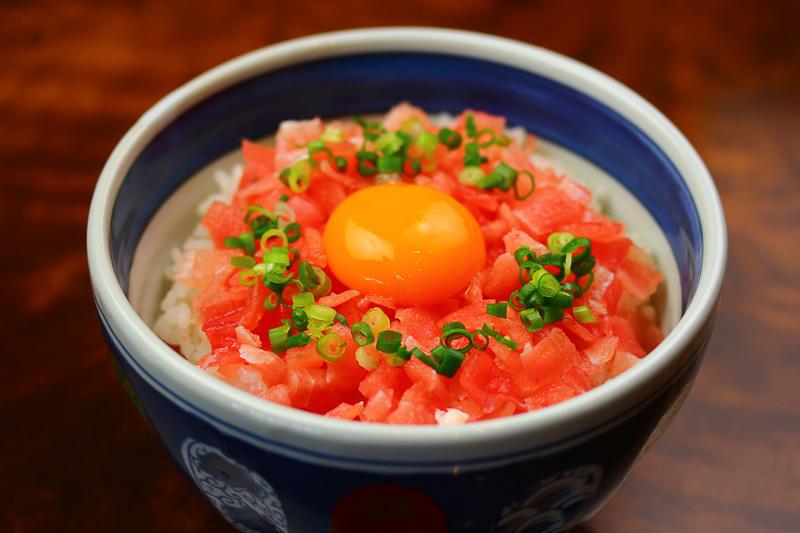 トロまぐろフレーク丼(神奈川県・小田原 魚河岸 でん)