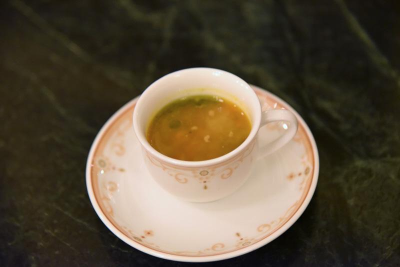 今回初めてスープもセットになって登場。「パンプキンミネストローネ」を提供中