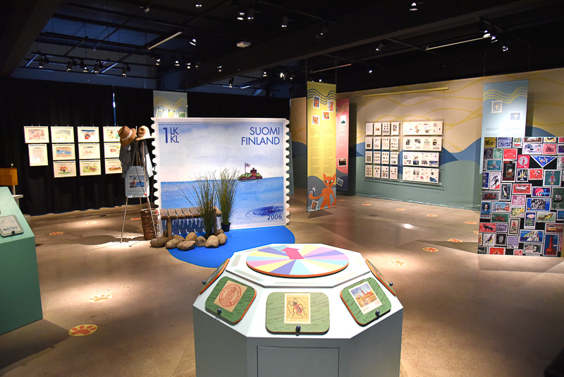 「郵便博物館」は、歴代のポストマンの制服やフォトスポットがあった