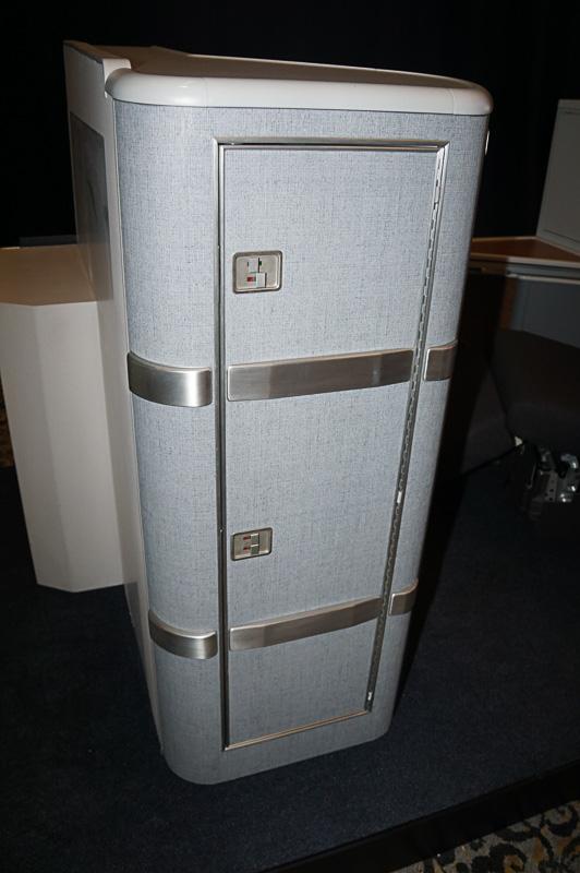 服などを収納する収納スペース