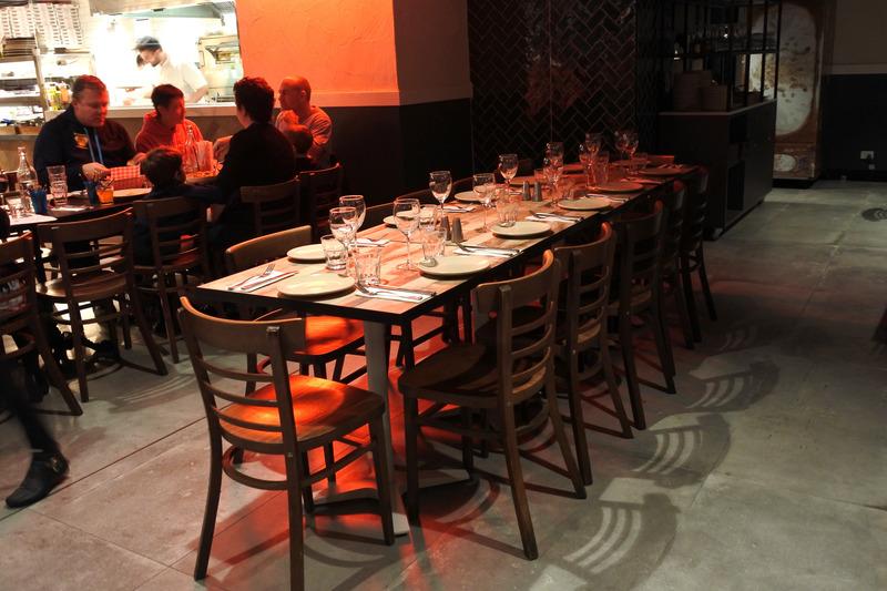「Mario's Italian Restaurant & Pizzeria」は地元でも大人気のレストラン。デリバリーやピザの持ち帰りもできる