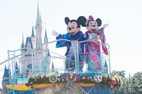 東京ディズニーリゾート、5日間のお正月限定イベントの内容を発表 東京ディズニーリゾートは2018年1月1日~5日の5日間に「ニューイヤーズ・グリーディング」を開催する