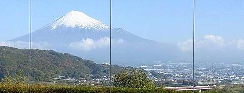 NEXCO中日本、E1東名高速 富士川SA(下り線)を11月1日グランドオープン NEXCO中日本がE1東名自動車道に富士川SA(下り線)を11月1日グランドオープン