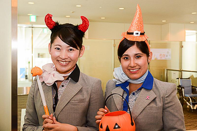 スタッフも仮装してハロウィンイベントを盛り上げる(写真は2015年)