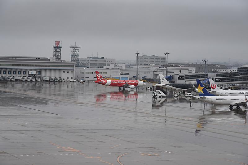 プッシュバックの始まったDJ1便。急速に天候が回復した