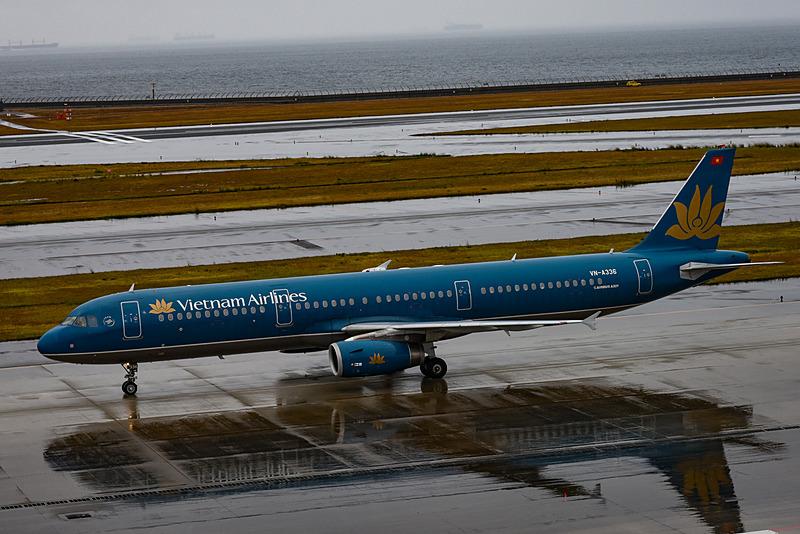 ベトナム航空が運航するエアバス A321型機。季節風の強い冬シーズンは販売座席数を制限して、直行便を実現しているとのこと