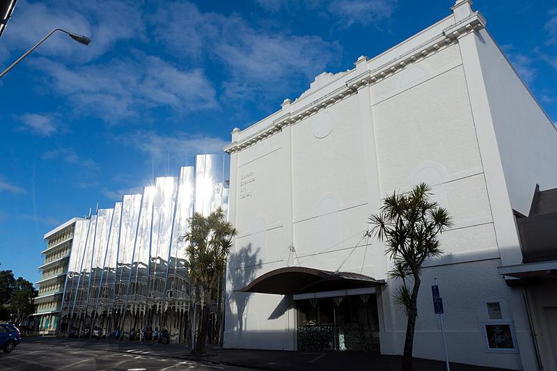 ゴベット・ブリュースター・アート・ギャラリー/レン・ライ・センター(Govett-Brewster Art Gallery / Len Lye Centre)