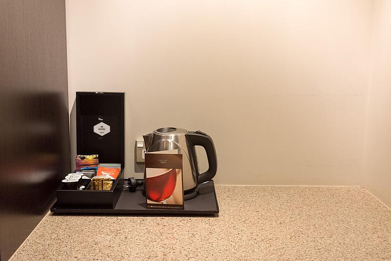 フリーのコーヒーと紅茶を用意
