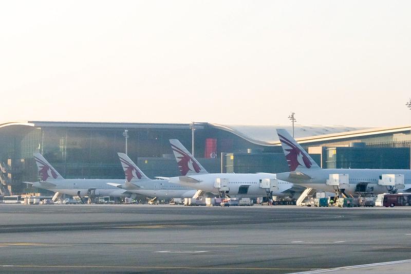 カタール航空に乗り、ドーハ・ハマド国際空港で乗り換えてキプロスへ向かう