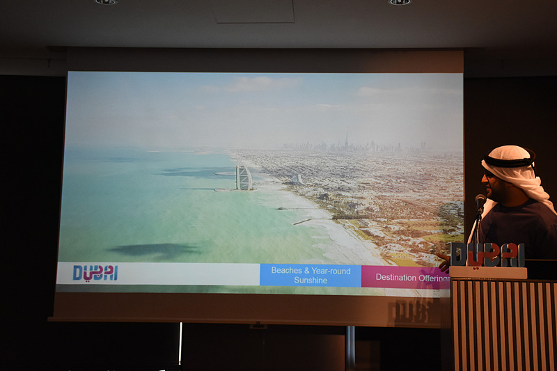 ドバイは非常に長い砂浜を持つビーチリゾートでもある