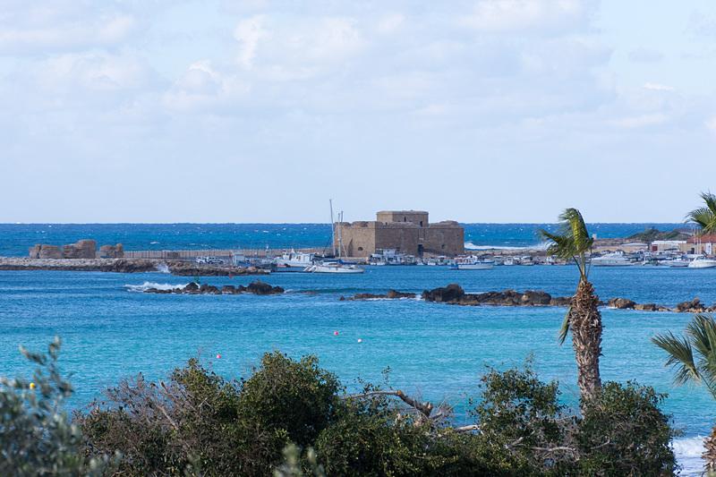 市街地に近いホテルから見た要塞跡