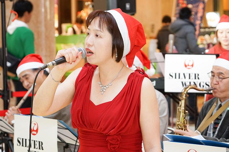 ボーカルの狩野明美さん