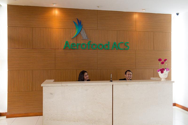 ジャカルタのスカルノ・ハッタ国際空港に隣接するエアロフード(Aerofood ACS)の工場