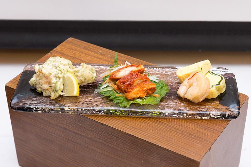 ジャカルタ発のファーストクラスで提供される日本食の例