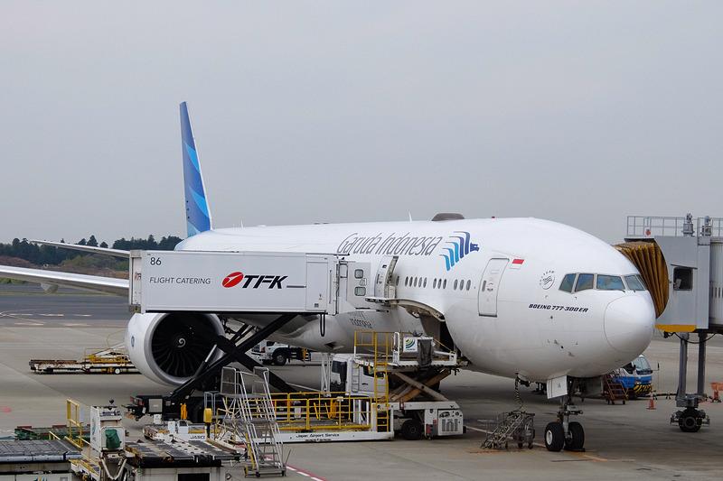 羽田線、成田線で使われているガルーダ・インドネシア航空のボーイング 777-300ER型機