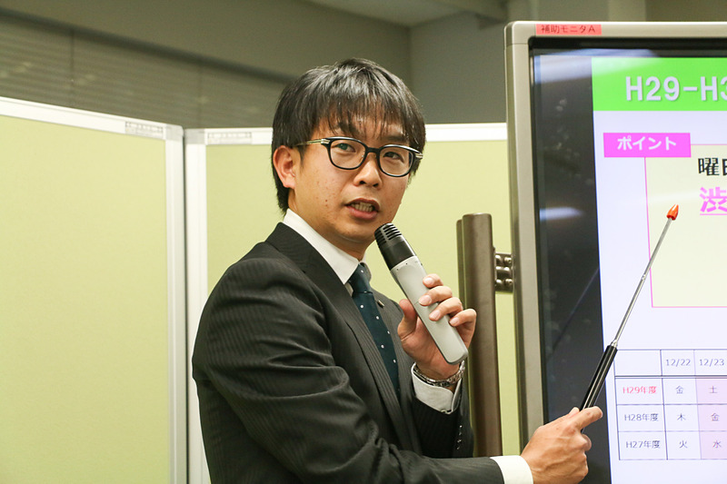 東日本高速道路株式会社 関東支社 交通技術課所属で、5代目渋滞予報士の外山(とやま)敬祐氏が、年末年始の渋滞予測