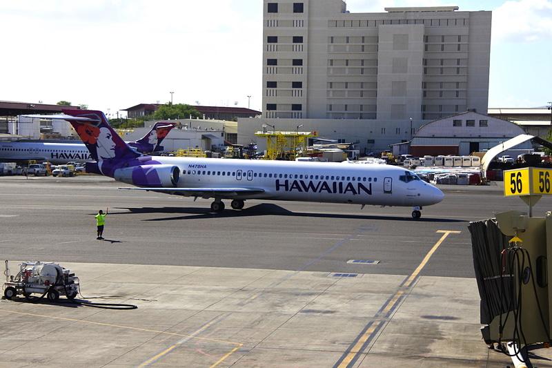"""利用するのはボーイング 717型機の""""'Amakihi"""""""