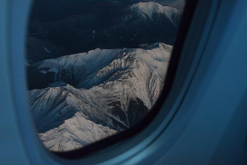 富士山の反対側にはアルプスの峰々が眼下に