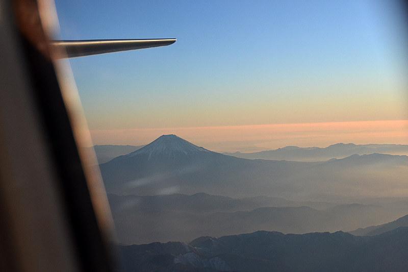 富士山にサヨナラして進路を西へ