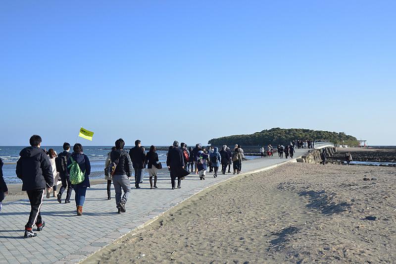 宮崎で初詣といったらココ、青島にある青島神社! 空港からクルマで15分ほどのところにあります