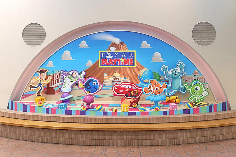 リゾートゲートウェイ・ステーションに設置された「ピクサー・プレイタイム」のフォトスポット