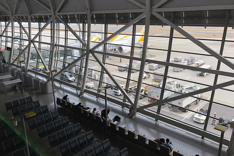 関空到着後に見えたTR701便