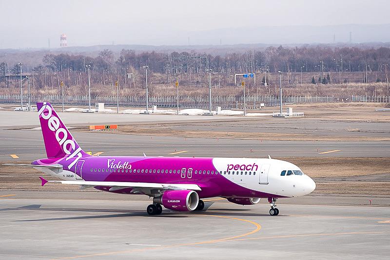 ピーチは8月1日に開設する関西国際空港~釧路空港線の航空券販売を1月18日から開始した