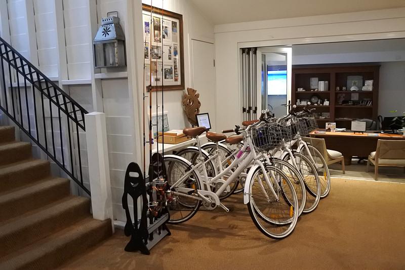 自転車や釣竿の貸し出しサービスもある